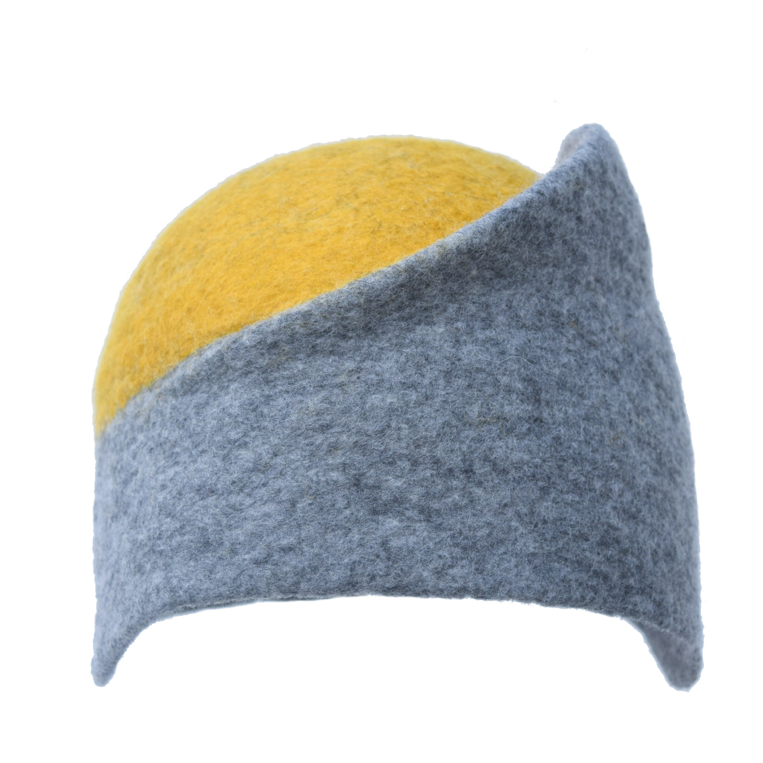 Acorn. Handmade felt hat. grey and yellow. Carmen Garcia